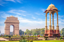 Canopy And India Gate In New D...