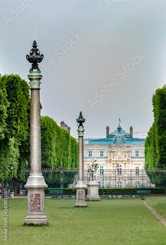 In de dag Historisch geb. Jardin du Luxembourg in spring in Paris, France, vertical