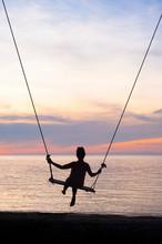 Girl On Swing, Silhouette