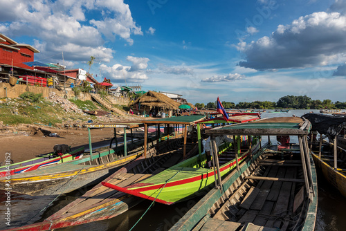 Valokuva  4000 Islands zone in Nakasong over the Mekong river in Laos