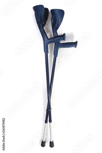 Fényképezés two crutches isolated