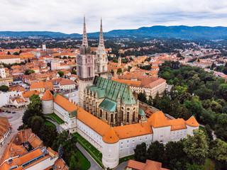 katedrala u zagrebu stara europska gotička crkva