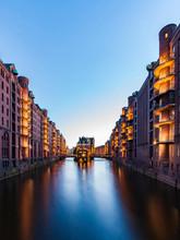 Germany, Hamburg, Old Warehouse District And Wasserschloss
