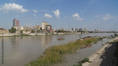 Tigris river. Baghdad, Iraq Slika na platnu