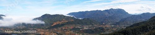 Foto  Panorama of Beautiful landscape in Sapa, Lao Cai, Vietnam in a winter day