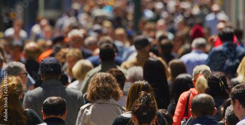 Crowd of people walking busy street in New York City Fototapeta