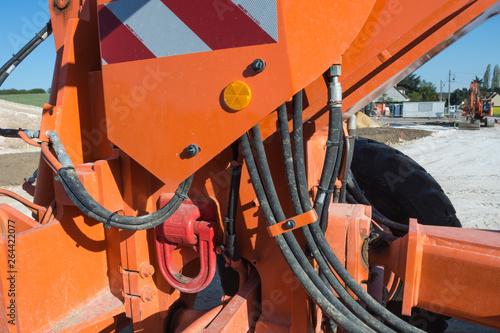 Valokuva  tuyaux circuit hydraulique haute pression