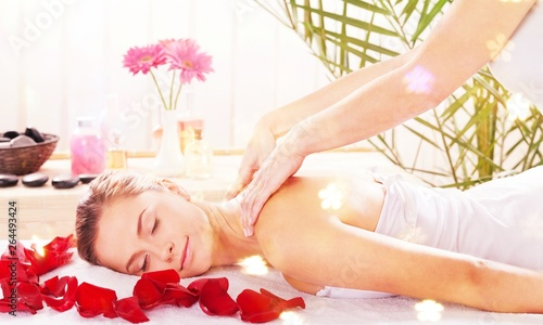 Poster de jardin Kiev Beautiful young woman relaxing with massage at beauty spa