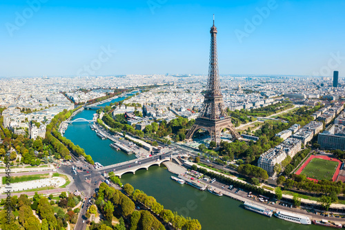 Photo sur Toile Paris Eiffel Tower aerial view, Paris