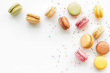 Macarons Dessert Pattern On Wh...