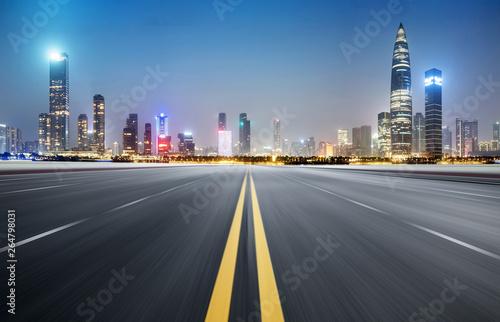 Keuken foto achterwand Nacht snelweg empty highway with cityscape and skyline of shenzhen,China.