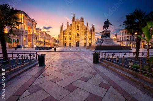 Spoed Fotobehang Milan Milan, Italy. Cityscape image of Milan, Italy with Milan Cathedral during sunrise.
