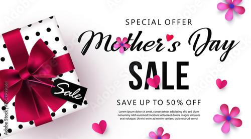 Fotografía Mother's Day sale banner or poster design with beautiful gift box, paper hearts and flowers