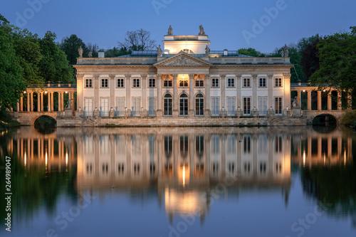 Pałac Na Wyspie łazienki Królewskie W Warszawie Buy This