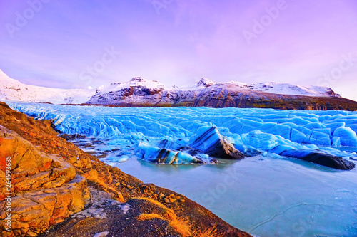 Printed kitchen splashbacks Purple View of Svinafellsjokull Glacier at the Vatnajokull National Park in Iceland at twilight.