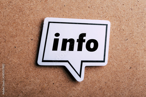 Fototapeta Info Speech Bubble Isolated On Brown paper Background obraz