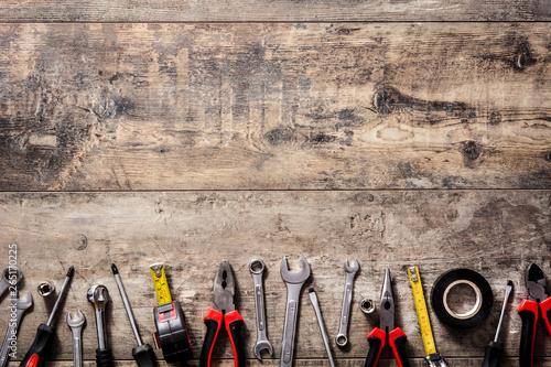 Fotomural Building tools repair set on wooden background