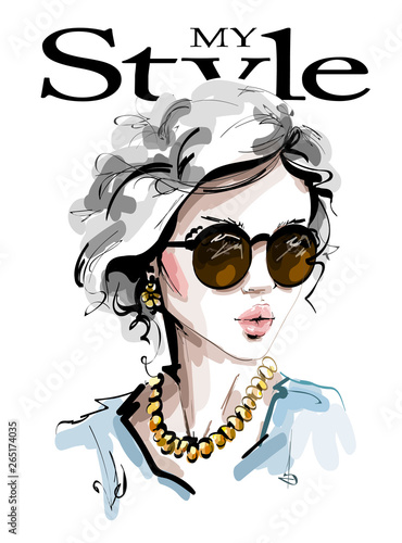 Photo Hand drawn beautiful young woman in sunglasses