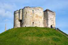The Historic Cliffords Tower I...