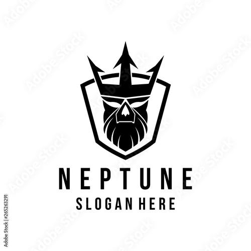Photo Neptune logo design in shield vector illustration Poseidon logo ocean theme logo vector