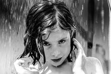 Femme, Portrait, Jeune, Beauté, Beau, Visage, Cheveux, Blanc, Noir, Personne, Mode, Gens, Yeux, Noir Et Blanc, Modèle, Humain, Sourire, Regarder, Blond, Content, Un, Joli, Gros Plan, Adolescence, Sour