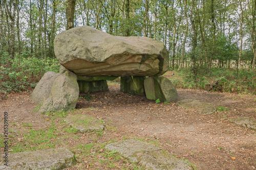 Fotografia, Obraz Looking at the inside of Dolmen G1 in the vicinity of Noordlaren