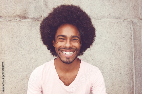 Carta da parati  Portrait of an african american hipster man