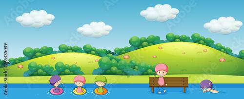 In de dag Kids Children swimming in nature