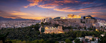 Panorama Der Beleuchteten Akropolis Von Athen, Griechenland, Nach Sonnenuntergang Am Abend