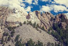 Mount Rushmore, Black Hills, S...