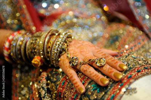 Fényképezés Close up shot of an Indian Bride's hand