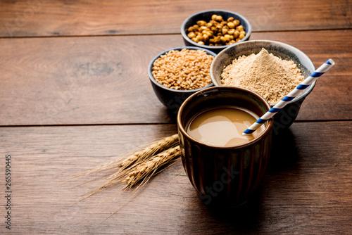 Sattu sharbat is a cooling sweet drink made in summer with roasted black chickpea flour, barley, suger, salt & water Tapéta, Fotótapéta