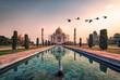 Leinwanddruck Bild - Taj Mahal in sunrise light, Agra, India