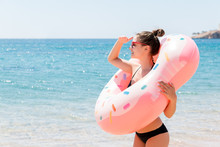 Enjoying Suntan And Vacation. ...