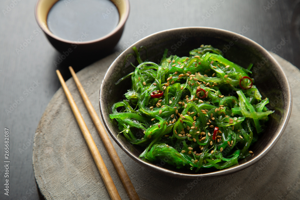 Fototapety, obrazy: Wakame salad with sesame and chili pepper