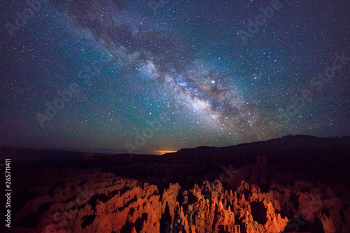 Milky Way above Bryce Canyon, Utah, USA. Fototapeta