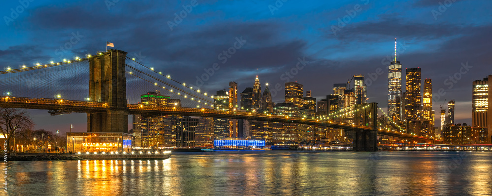 Fototapety, obrazy: Banner and cover scene of New york Cityscape with Brooklyn Bridge over the east river at the twilight time, USA downtown skyline, Architecture and transportation concept