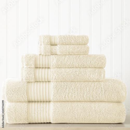 Fotomural Cotton terry towel set. Dobby border towel set