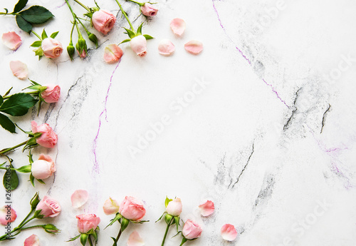 Fototapety, obrazy: Holiday background with pink roses