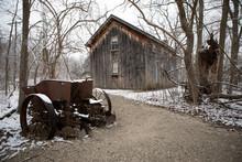 Old Cabin Delaurier Homestead ...