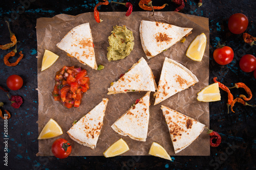 Stampa su Tela Mexican quesadilla, tortilla filled with cheese, meat and vegetables