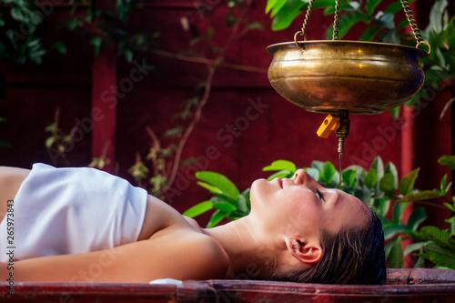 Photo ayurveda massage alternative healing therapy