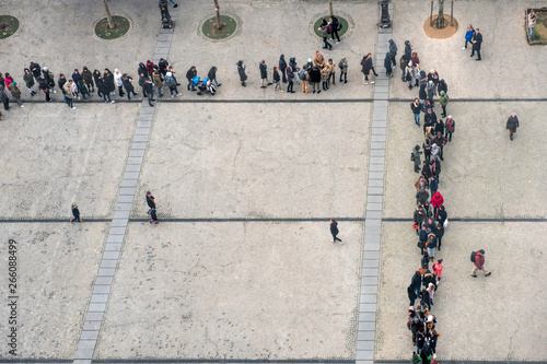 Fototapeta queue view from above