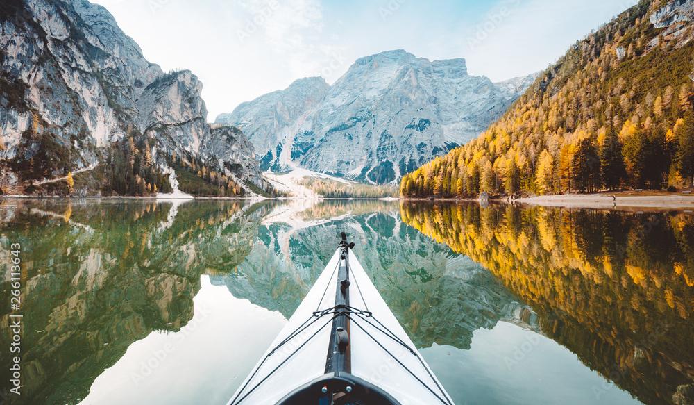 Fototapety, obrazy: Kayak on alpine lake in fall