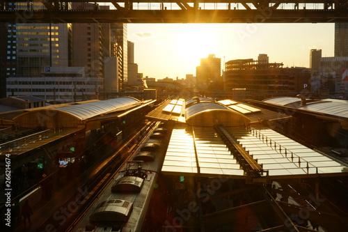 大阪駅の夕暮れ