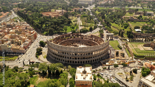 Tela Aerial view on the Coliseum, Rome, Italy