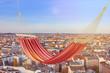 Leere Hängematte über den Dächern von Berlin