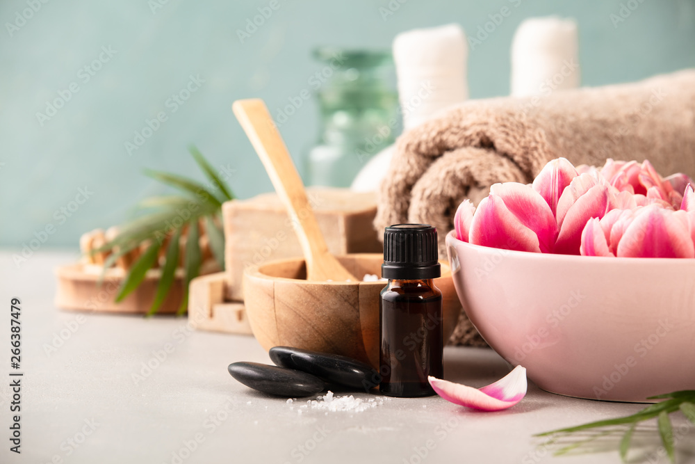Fototapety, obrazy: Accessories for spa procedures. Natural ingredients and flowers
