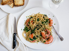 Spaghetti With  Shrimp And Spinach