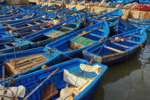 Montage in der Fensternische Cappuccino Blue fishing boats in the port of Essaouira